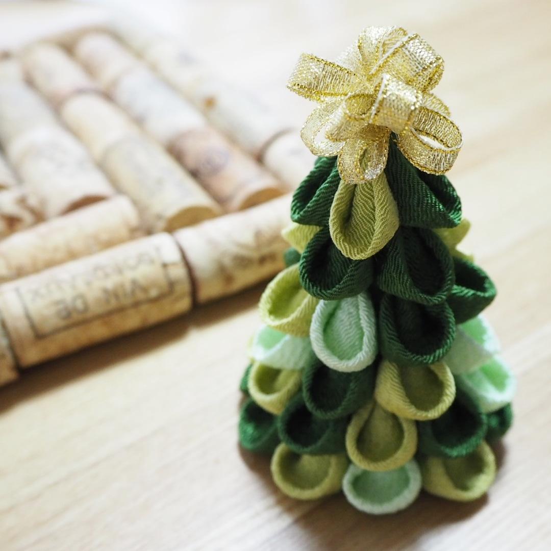 Japanese Christmas Tree.Japanese Tsumami Zaiku Christmas Tree Japanese Calligraphy